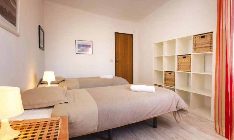 Beach House - Room - Baleal Surf Camp