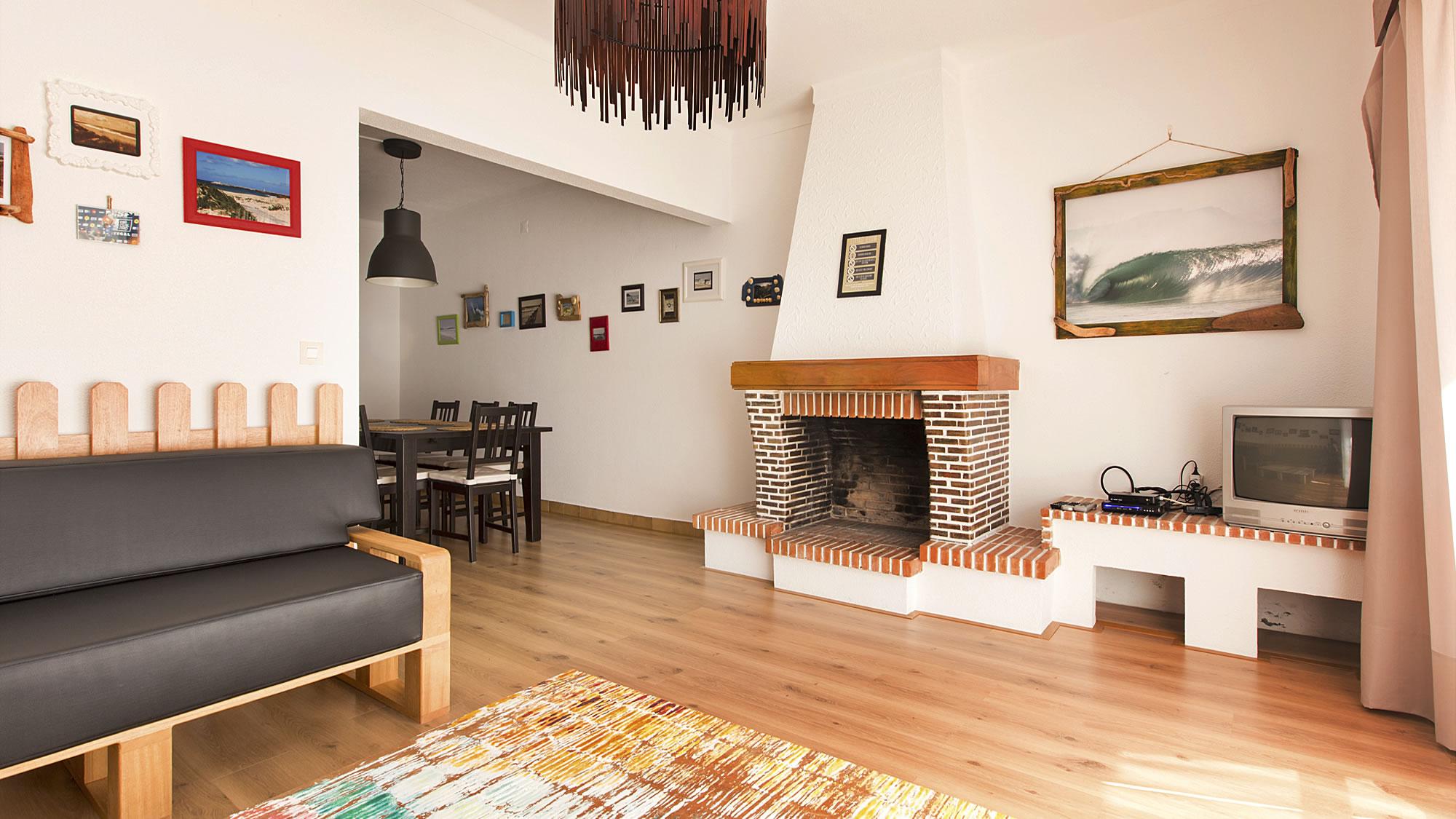 Super Tubos Living Room C Baleal Surf Camp Baleal Surf Camp  # Muebles Con Tuvos