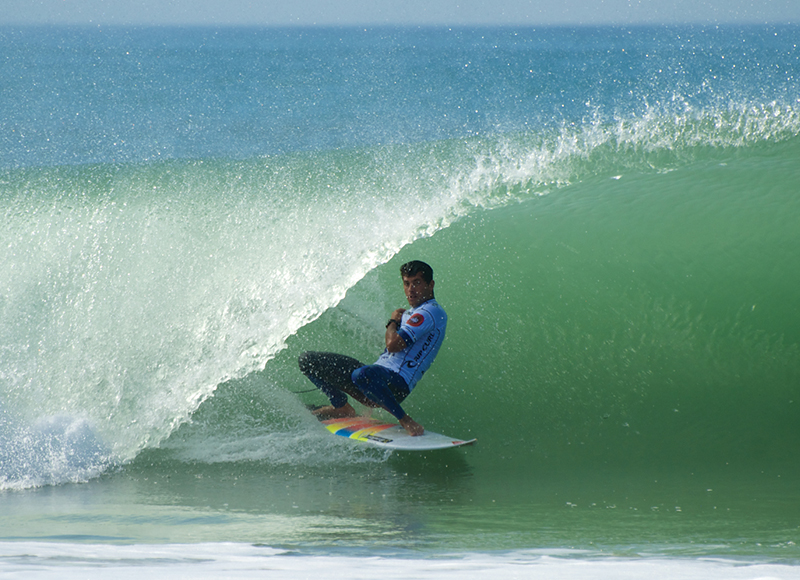 incredible-surfging-wls-peniche-portugal-10