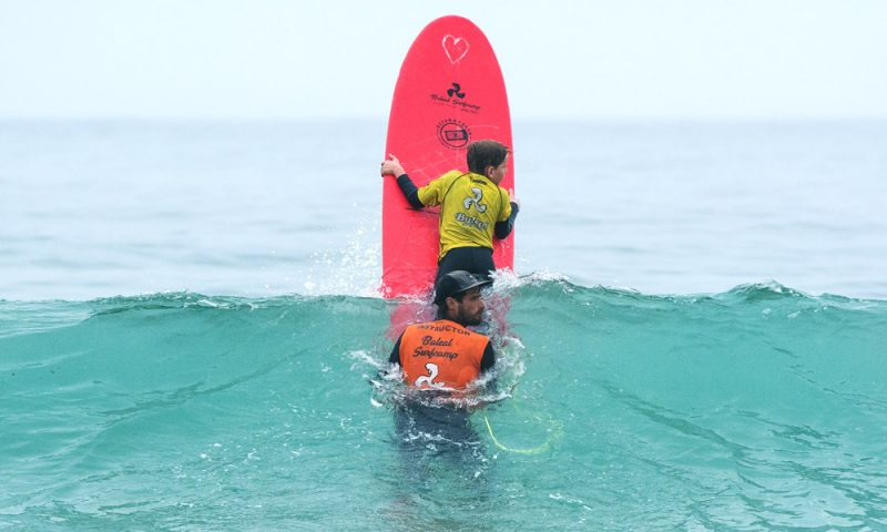 Baleal-Surf-Camp----Family-surf-1