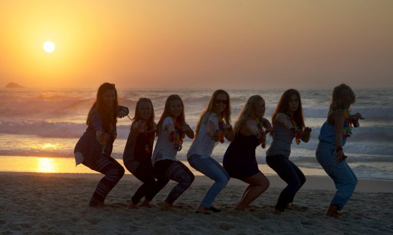 Life-Style---girls---Peniche---Baleal-Surf-Camp