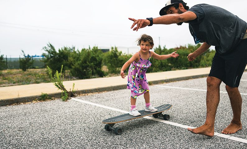 Family-surf-camp-skating-baleal-surf-camp-peniche-portugal