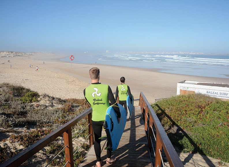 Surf-at-baleal-surf-camp-peniche-portugal