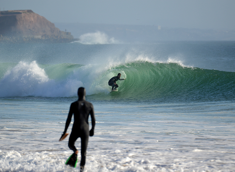 super-tubos-mini-barrel-baleal-surf-camp-peniche-portugal