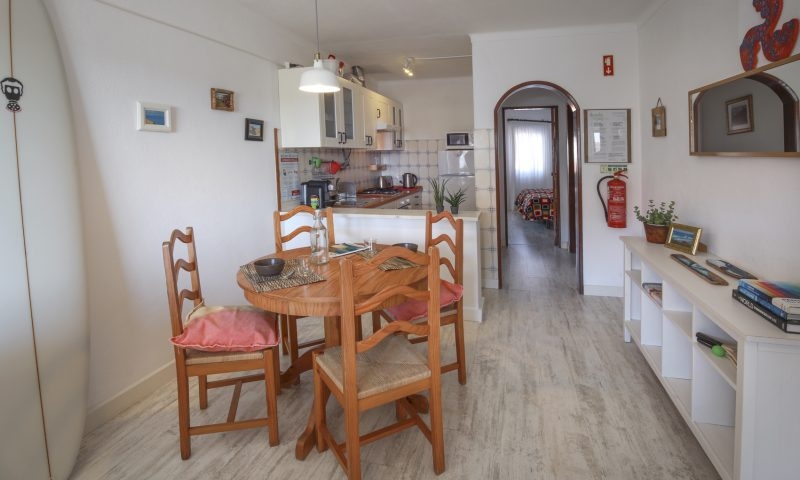Red Rock apartment - Living room 2 - Baleal Surf Camp