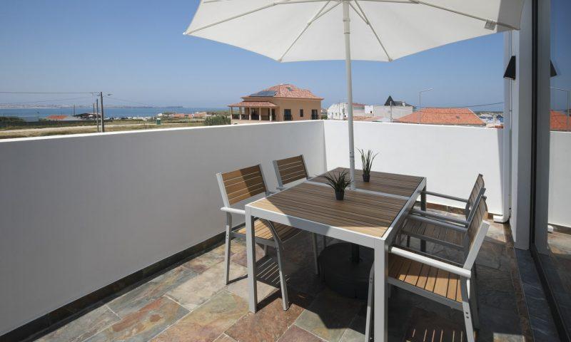Surfers Nest apartment -Balcony - Baleal Surf Camp.jpg-min