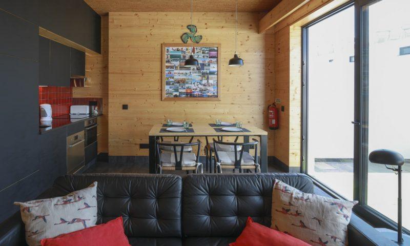 Surfers Nest apartment -Kitchen - Baleal Surf Camp.jpg-min
